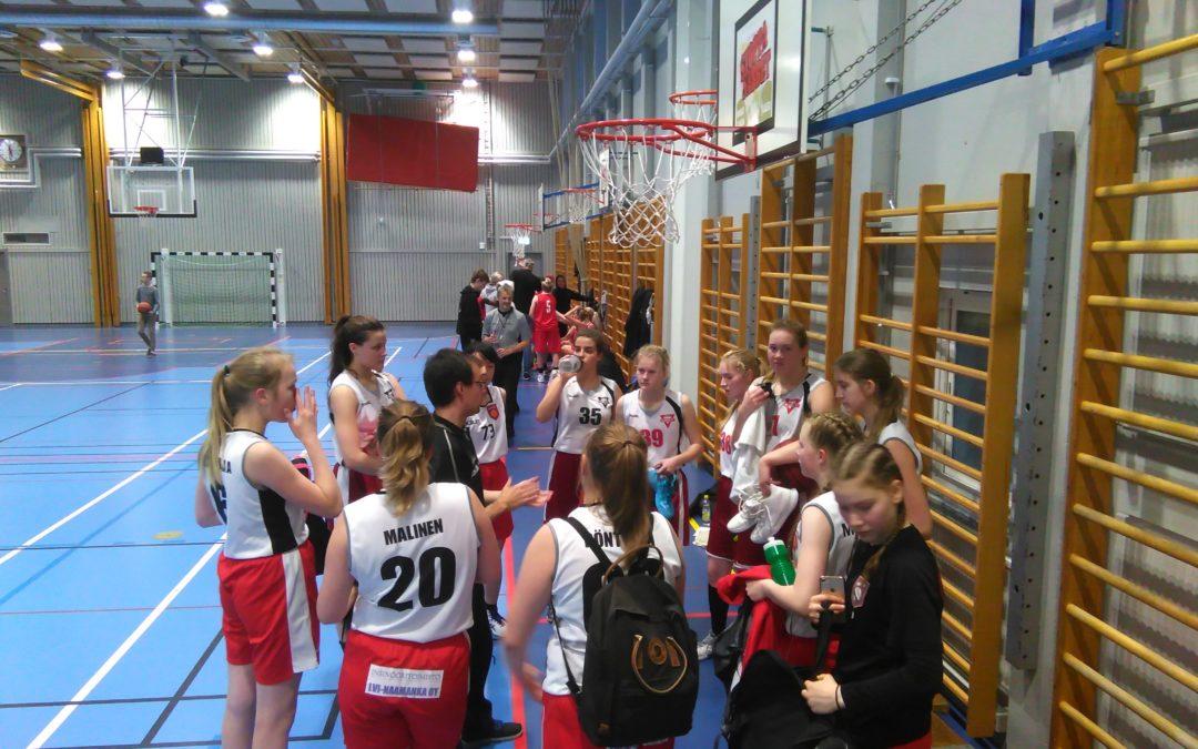 A- ja B-tytöt avasivat kautensa lauantaina (7.10.) Pohjois-Ruotsin alueellisessa Norrbotten sarjassa